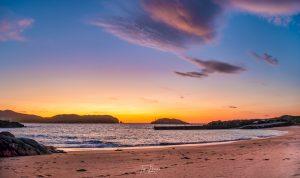 Sunset on Cruit island beach
