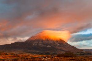 cloud on top of Mount Errigal